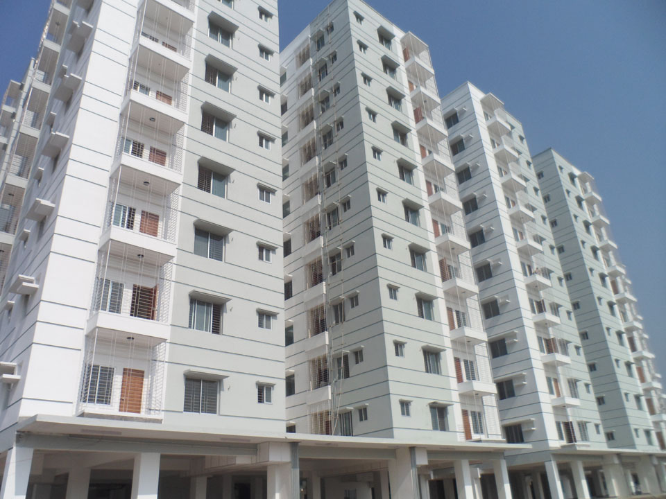 advantages of living in dhaka city Why don't you stay days more in dhaka city mahir : oh, no i do not of village life and city life, the advantages and disadvantages of.